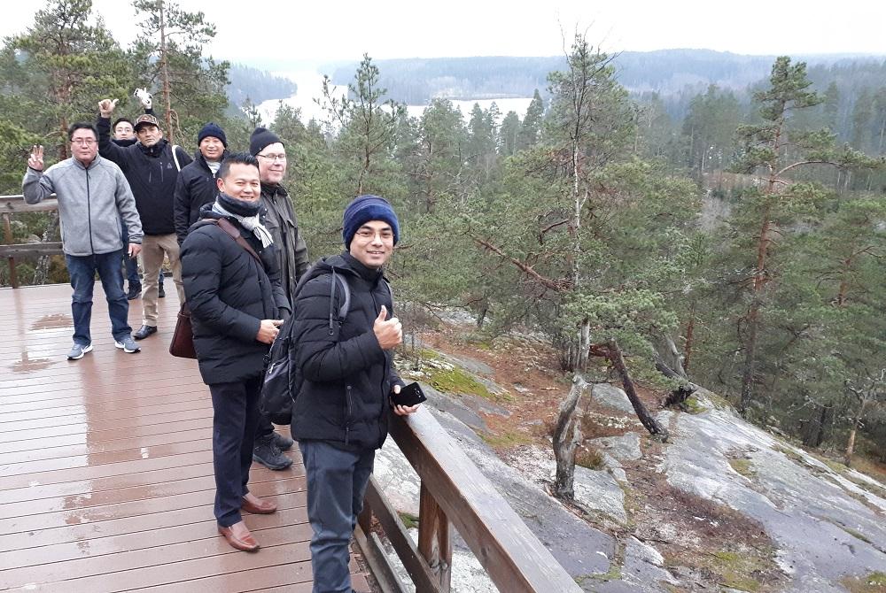 Bhutanin metsävaltuuskunta Nuuksiossa