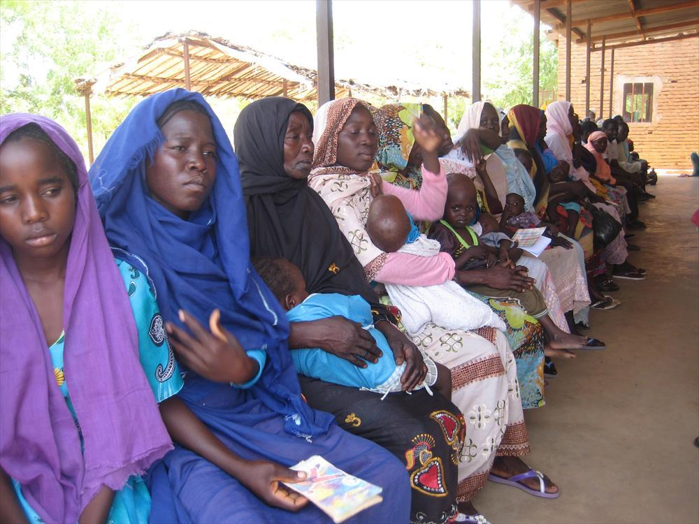 Women's rights are one of the priorities of Finland's international human rights policy. In the picture: Women in a refugee camp in Chad. Photo: Anna Merrifield